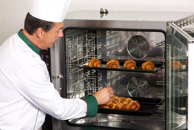 Konvektomaty / Pekařské pece